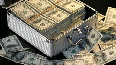 سرمایهگذاری ریسکی یا با سود ثابت