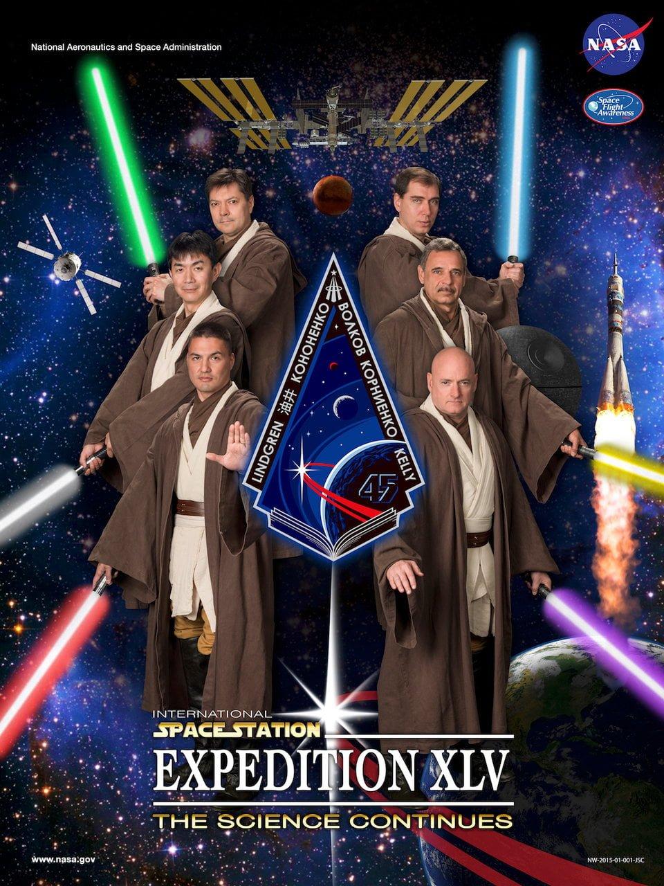 پوسترهای طنز ناسا