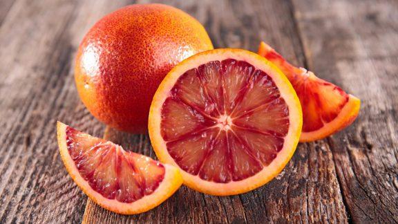 چرا پرتقال یکی از بهترین میوههای فصل زمستان به حساب میآید؟