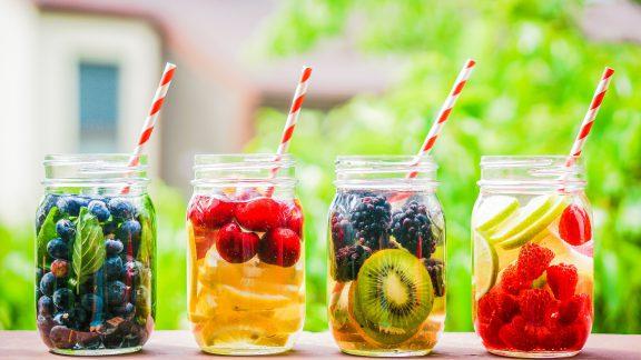 با دتوکس ، بهترین نوشیدنی برای فصل تابستان با خاصیتهایی باورنکردنی آشنا شوید!