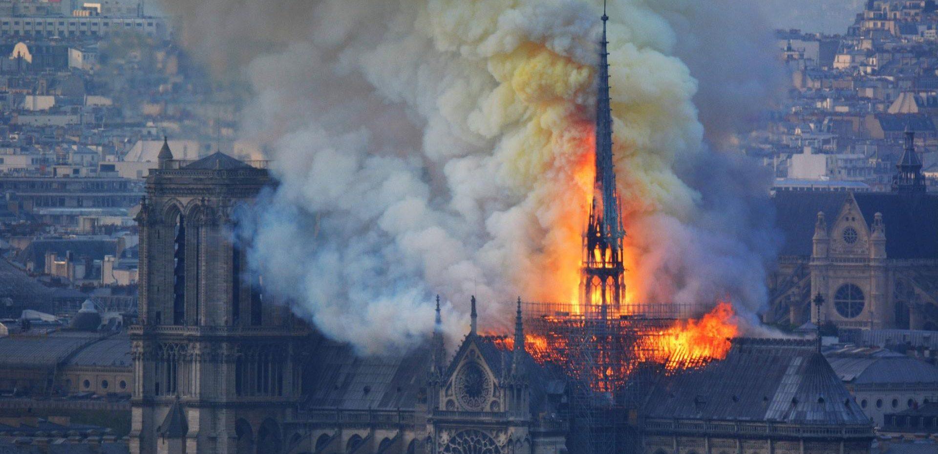 آتشسوزی کلیسای نوتردام