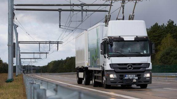 اولین بزرگراه برقی آلمان به منظور کاهش مصرف و هزینه سوخت افتتاح شد!