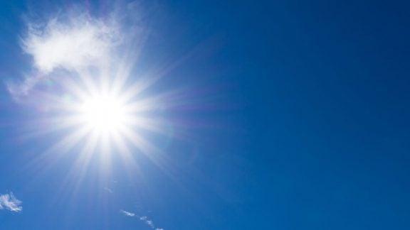 علائم گرم شدن بیش از حد بدن در فصل تابستان و راههای جلوگیری از گرمازدگی