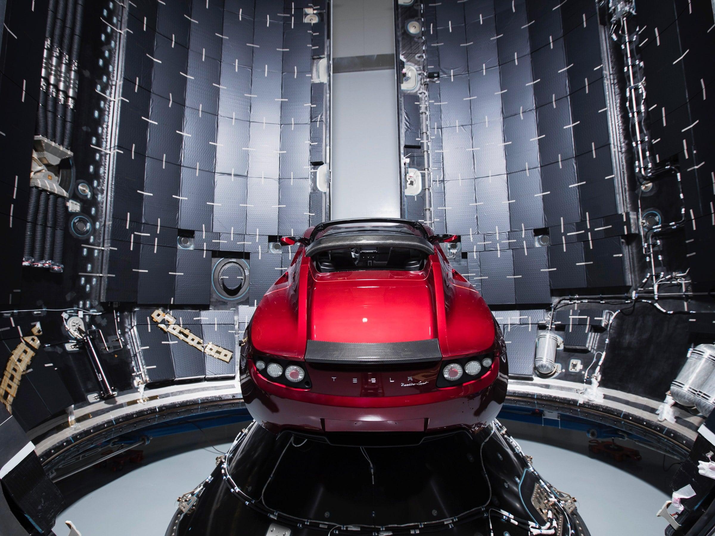 آزمایش شناور رودستر تسلا-محموله SpaceX