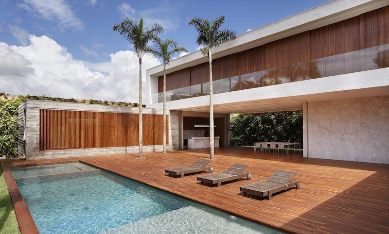 طراحی مدرن خانه-Welcomes Nature Inside