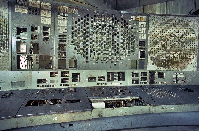 صفحه کنترل رآکتور شماره 4