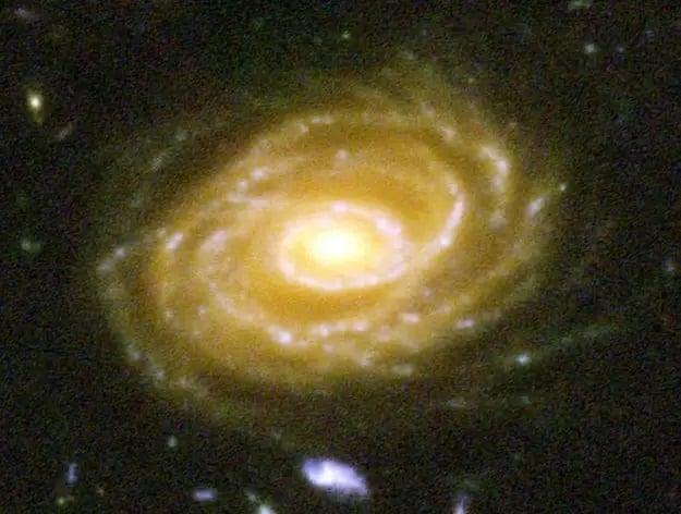 ارزش انسان در برابر هستی -در این جا یکی از کهکشانها به تصویر کشیده شده است با نام «UDF 423»