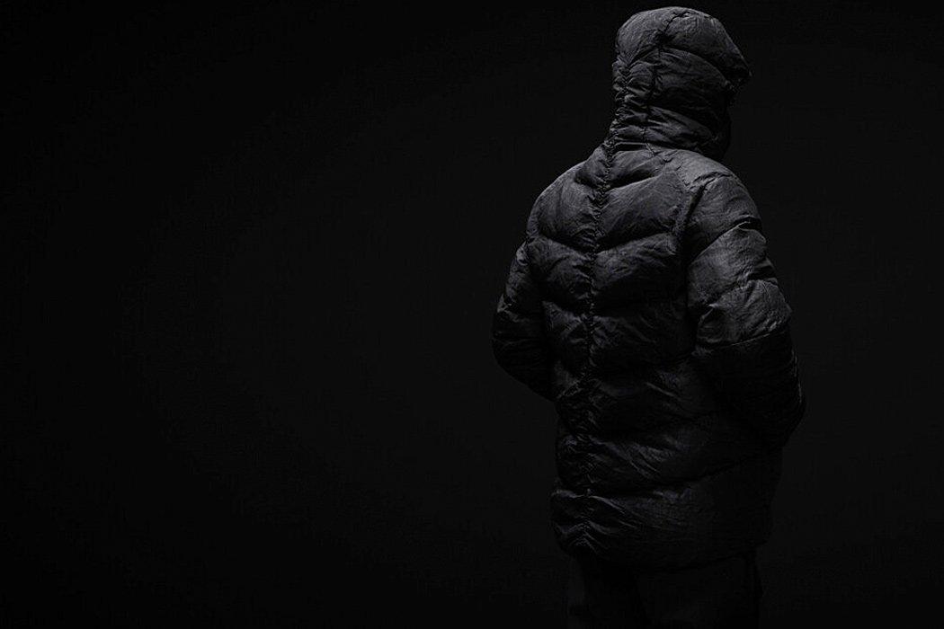 ژاکت پفدار تخریبناپذیر Vollebak نمای پشتی