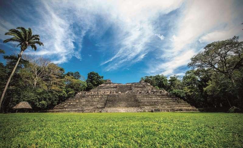 4. در میان سازههای باستانی قوم مایا کاوش کنید