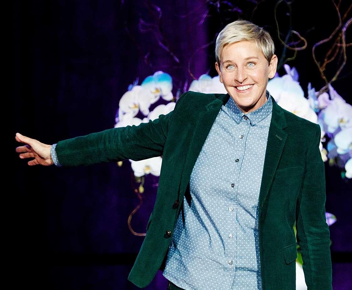 بامزهترین بیوگرافیهای توییتر سلبریتیها - 14. الن دی جنرس (Ellen DeGeneres)