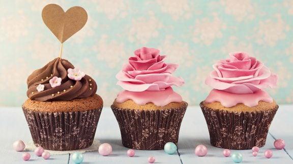 دستور تهیه کیک فنجانی ساده در 30 دقیقه